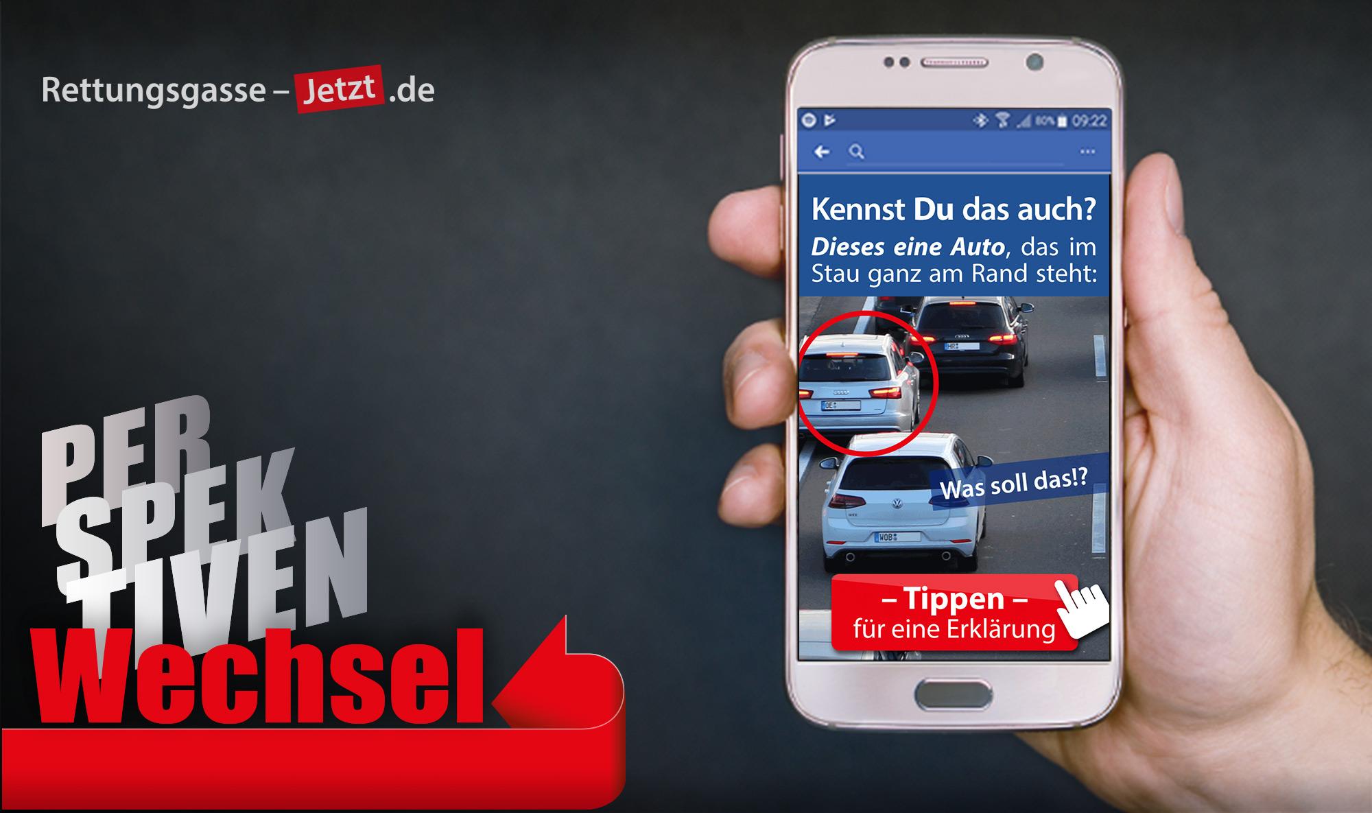"""Kampagnen-Bild: Das Logo """"Perspektivenwechsel"""" und ein Smartphone mit einem Socialmedia-Beitrag leitet eine neue Strategie ein."""